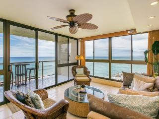 Kuhio Shores 319-Gorgeous 2b corner condo ocean front with FREE mid-size car
