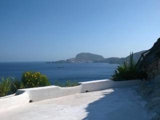 Casa Azzurra spettacolo della natura, Ponza Island