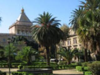 Il Palazzo Reale da Villa Bonanno