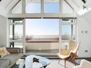 Spectacular beachfront holiday home, West Sussex, Worthing