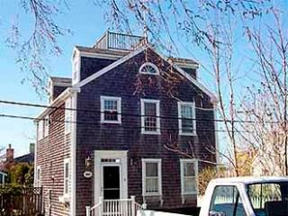 2 Bedroom 3 Bathroom Vacation Rental in Nantucket that sleeps 6 -(3697)
