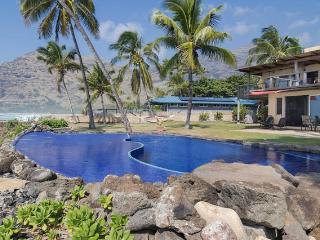 Oceanfront & Poolside
