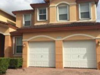 HOUSE 4 ROOMS, Doral