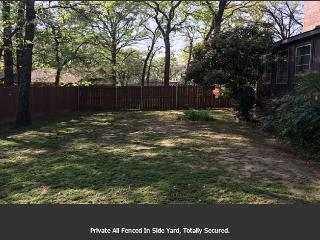 Cedar Creek Lake House For Rent, Dallas