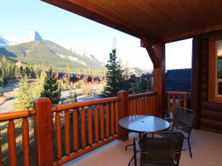 Canmore Three Sisters Mountain Homes Lovely 2 Bedroom Condo