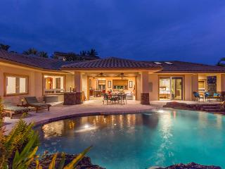 Exclusive area, heated infinity pool with waterfalls, private yard, oceanview