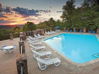 Wyndham Resort at Fairfield Bay-2 Bedroom suite