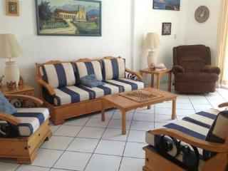 Apartment located steps away from private beach, Mazatlán