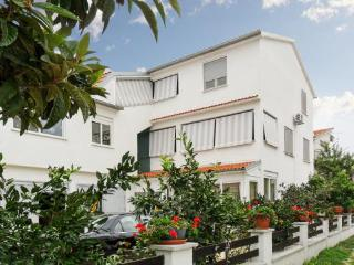 Lovely Studio Apartment Maria 1, Petrcane