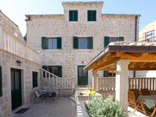 VILLA KULISH - 6 bedroom villa in Old town Cavtat