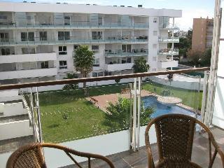 Muy bonito apartamento con piscina A25, Roses