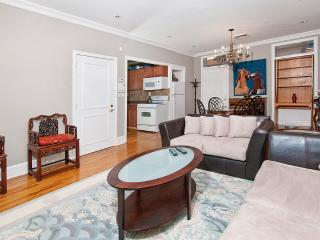 ELEGANT AND FURNISHED 2 BEDROOM APARTMENT, New York