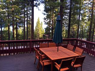 Lakeview Rustic Cabin 4br 2ba, Recently renovated