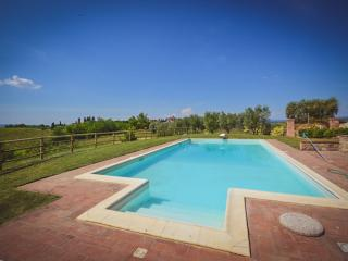 Villa with garden and pool and amazing view, San Gimignano