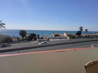 PENTHOUSE DUPLEX - 50 METERS FROM  BEACH . TERRACE