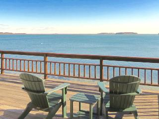 Luxurious waterfront home on Pleasant Bay : 2261-H, Harwich