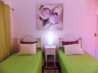 Tavira Centre Room