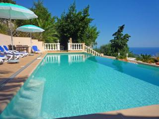 Villa Chanson Soleil : Sea View, Pool & Gardens.