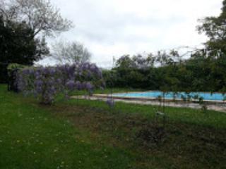 Charmante maison de 90 m2 avec piscine privée, Halsou