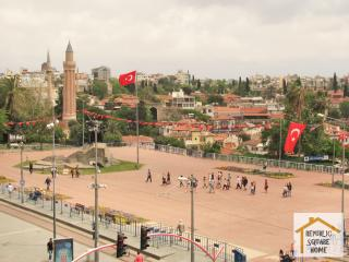 Republic Square Home, Antalya