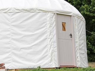 Luxury Yurt, Newchurch