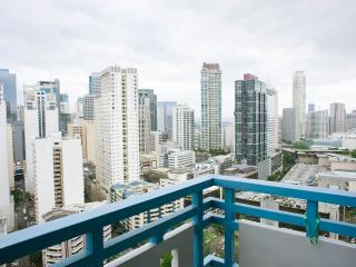 Eton Parkview Greenbelt, Makati