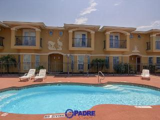 All-New 3/2.5/2 Townhouse in a great location!, Corpus Christi