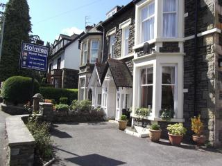 Holmlea Guest House - B&B - Adults Only