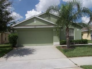 Spacious Home - 7 Miles from Disney, Davenport