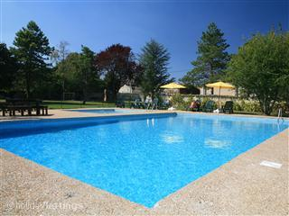 Verseau - Newly renovated 4 bedroom Gite, vacation rental in Doeuil sur le Mignon