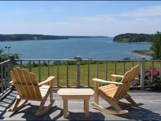 7 acre estate with private sandy beach and gorgeous views, Rockland
