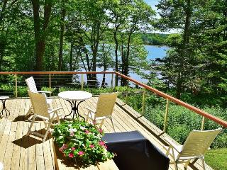 Fantastic Waterfront House with Private setting on the St. George River, Rockland