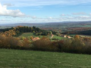 Stunning views , peace and beautiful countryside, Cluny