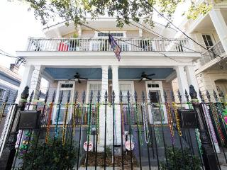 Delightful 2BD Garden District Apt, Nueva Orleans