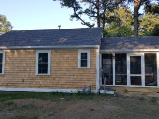 Brand new 2 bedroom cottage for rent!
