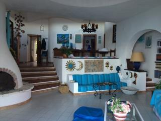 Esclusiva Villa con accesso privato al mare