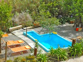 Sweet holidays w/ Private Pool perfect for Hikers, Valleseco