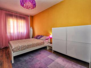 Disco Colossos apartment A049