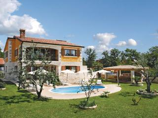 5 bedroom Villa in Porec Buici, Istria, Porec, Croatia : ref 2046992, Filipini