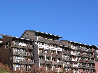 1 bedroom Apartment in Alpe d'Huez, Auvergne-Rhone-Alpes, France : ref 5050793