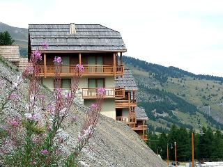 3 bedroom Apartment in Vars, Southern Alps, France : ref 2242733