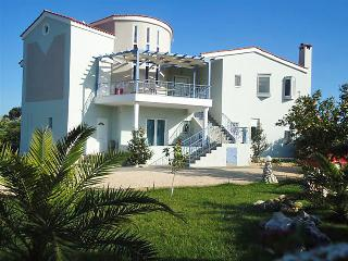 4 bedroom Apartment in Nafplio, Peloponese, Greece : ref 2057469