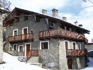 2 bedroom Apartment in Ville Sur Sarre, Aosta Valley, Italy : ref 5054613