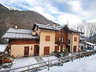 2 bedroom Apartment in Commezzadura, Trentino-Alto Adige, Italy : ref 5054684