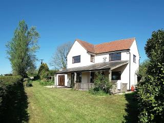 Poplar Cottage Holiday Home, Wotton-under-Edge