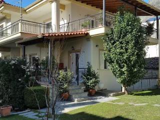 New listing! Keti`s Meteora apartment, Kastraki