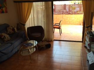 Beautiful Apartment for 4 Persons with Pools, Golf del Sur