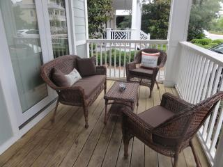 Large front porch with plenty of seating