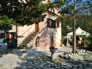 RELAXING MOUNTAIN RETREAT IN UMBRIA, Giano dell'Umbria