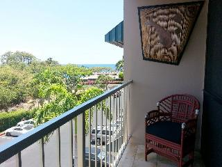 Beautiful Upgraded 2 BEDROOM 2 BATH TOP FLOOR, OCEAN VIEW & CENTRAL AIR!